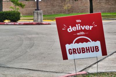 Grubhub drivers say change in app eats into tips and potential earnings