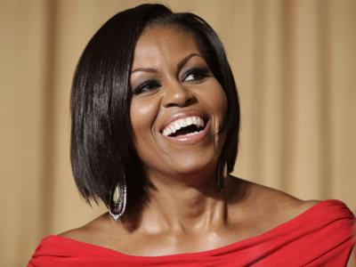 Michelle Obama to host weekly podcast
