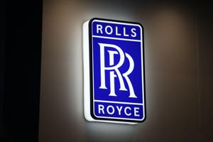 Rolls-Royce to stop selling gasoline-powered cars.