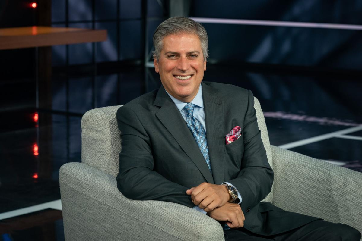 Steve Levy, former Laker, becomes voice of ESPN's Monday Night Football