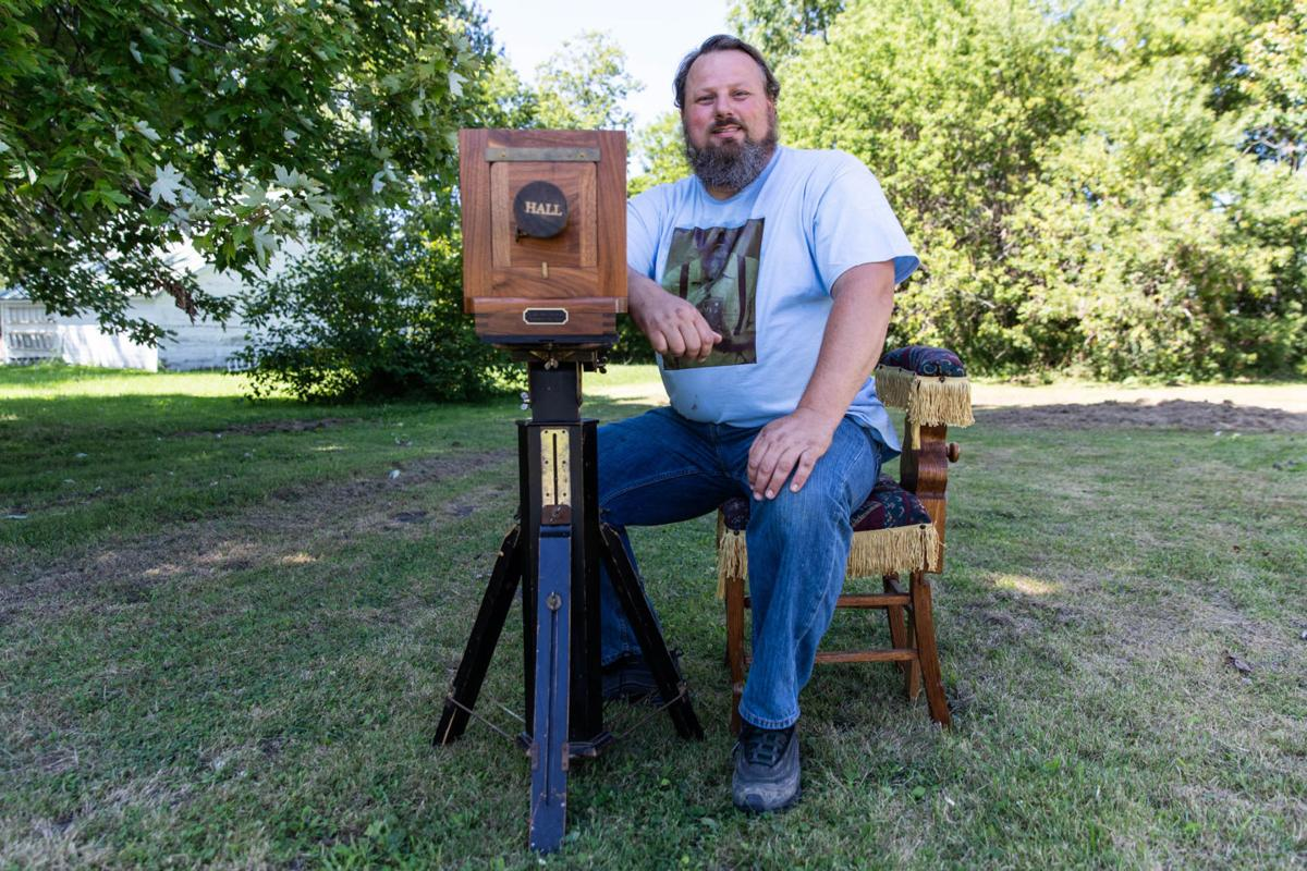 Photographer using vintage technique to be featured at