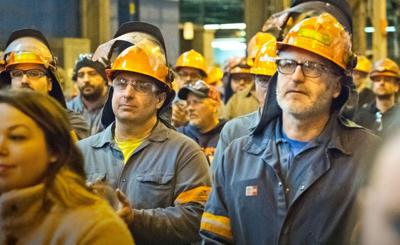 United Steelworkers, Alcoa reach tentative agreement