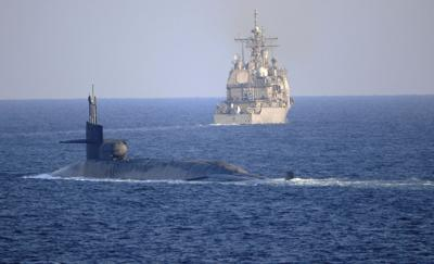 Navy engineer, wife accused of selling nuclear-sub data