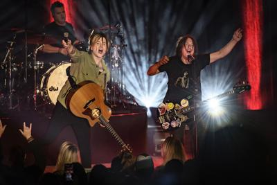 Goo Goo Dolls band plans tour