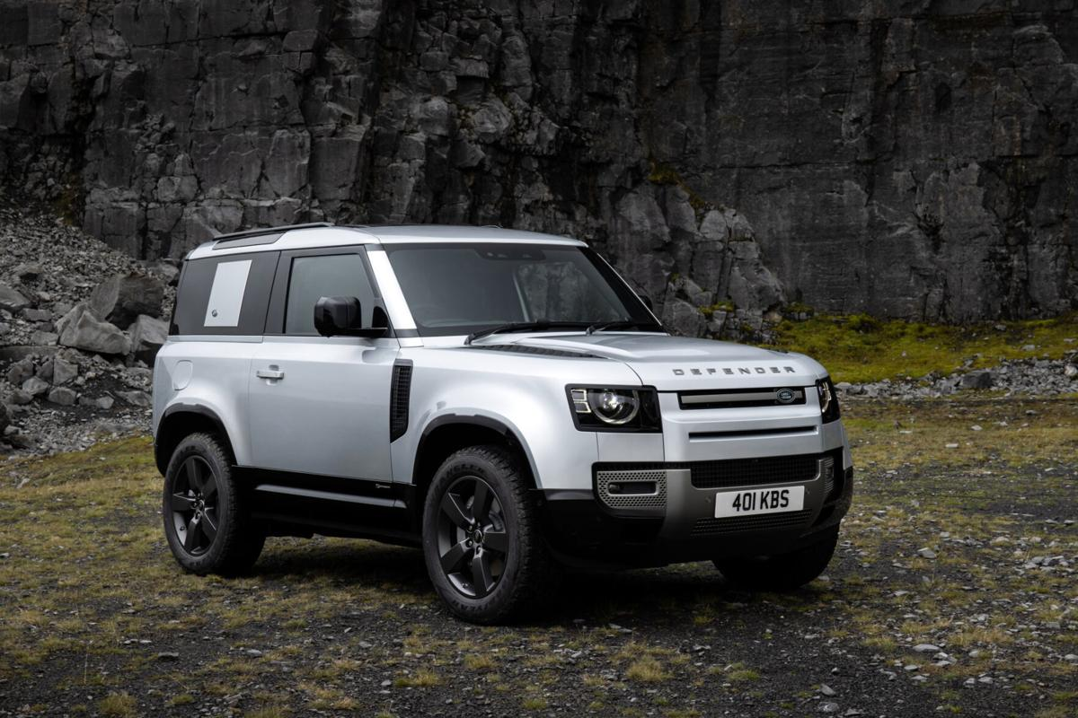 A skillful update of an iconic SUV