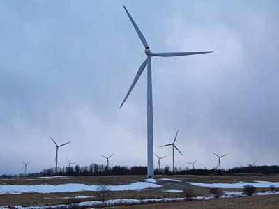 Maple Ridge Wind Farm signs new PILOT deal