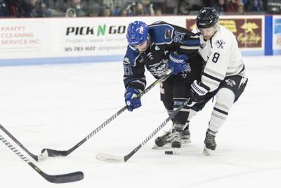 Wolves score eight goals in win over Enforcers