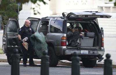 Capitol Police arrest man in suspicious vehicle outside Supreme Court