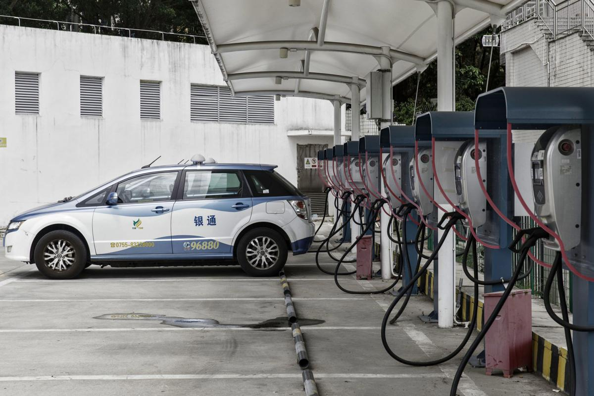 China beats U.S. 8-1 when it comes to charging electric cars
