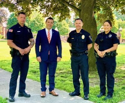 """Mayor Barlow creates """"Neighborhood Engagement Team"""" in Oswego Police Department"""