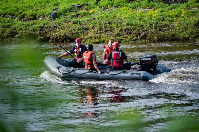 City firefighters retrieve teens in water rescue | Jefferson