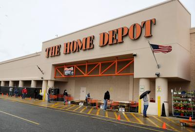 Home Depot, Lowe's primed for pandemic-era growth