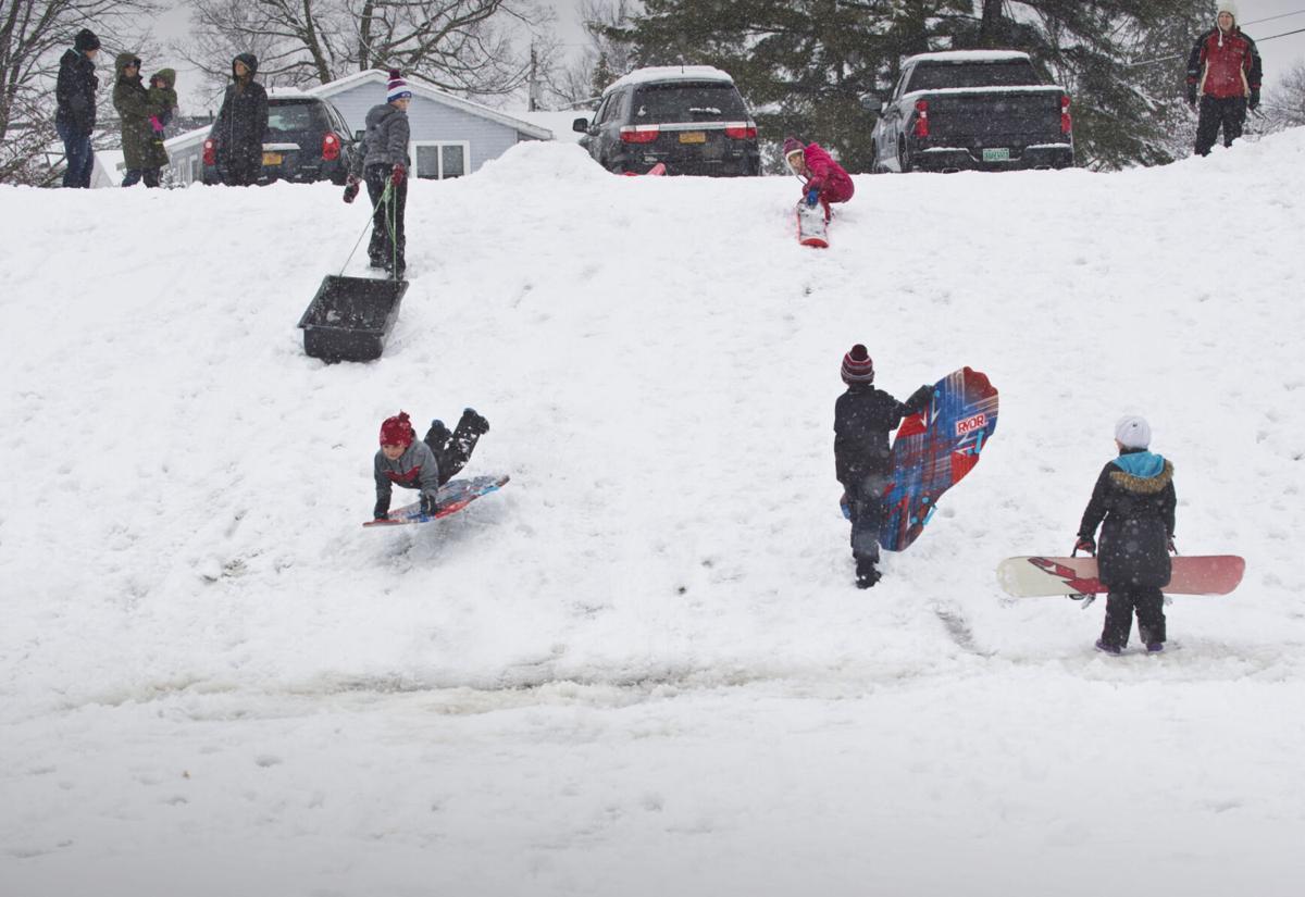 SLEDDING ON FRESH SNOW