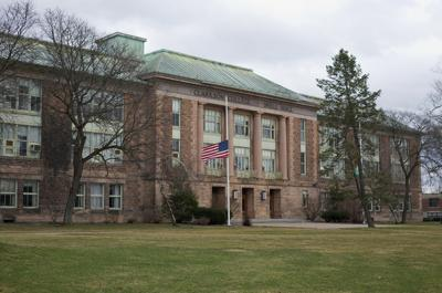 Resolution passed to OK project at Old Snell Hall