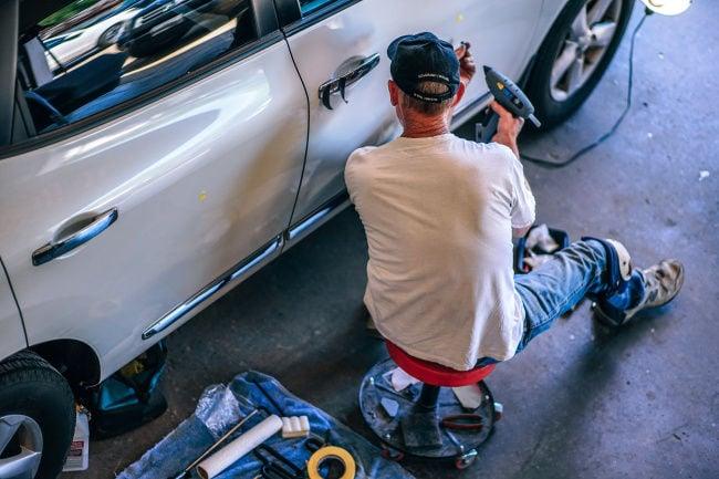 Auto mechanic shortage prompts hiring call from AutoNation
