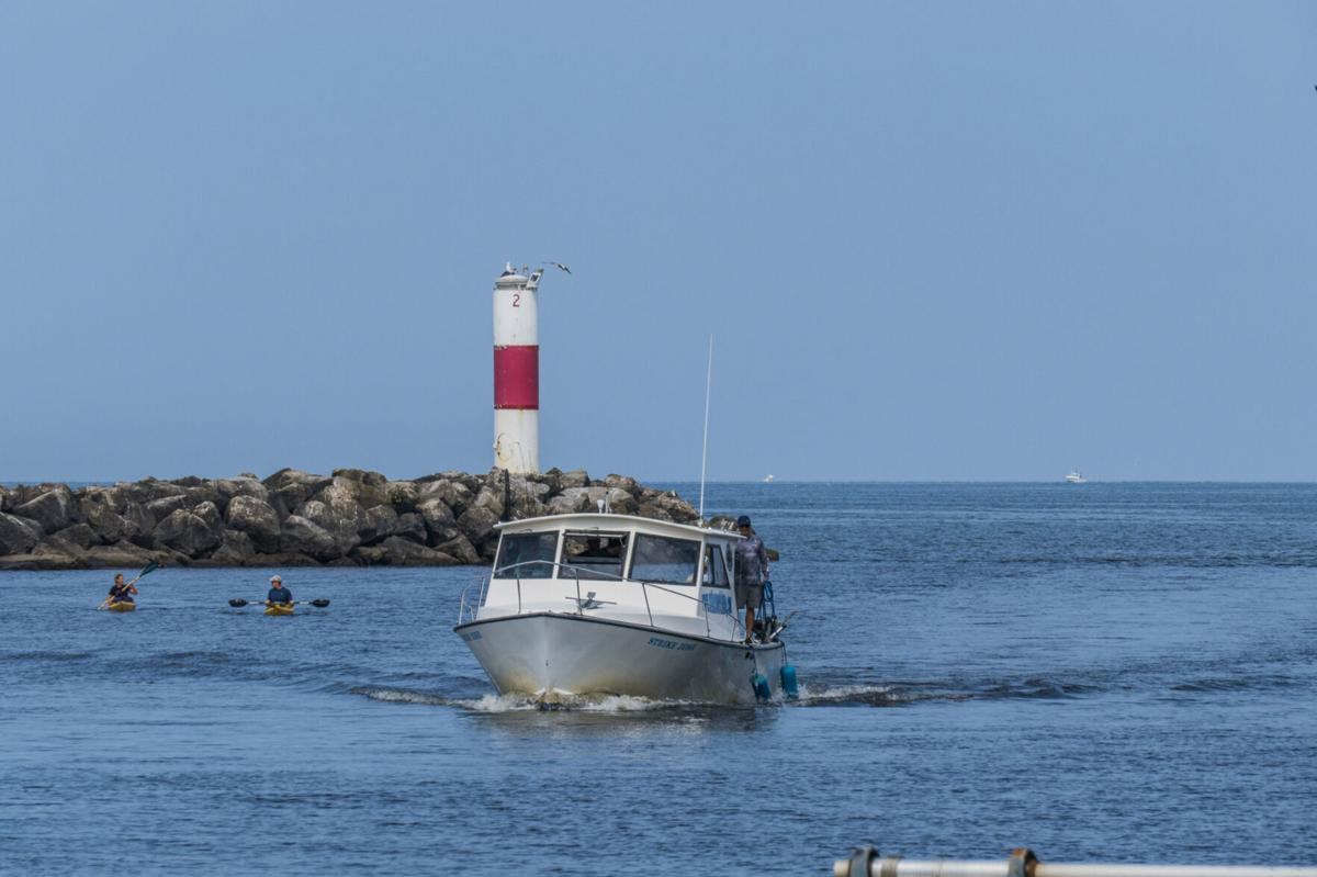 State dredges Salmon River at Port Ontario