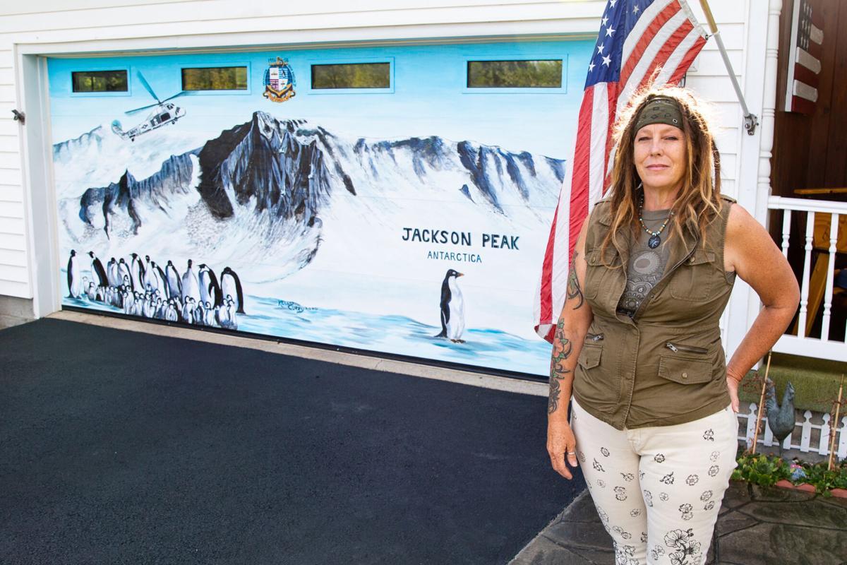 Mural celebrates Navy veteran's service