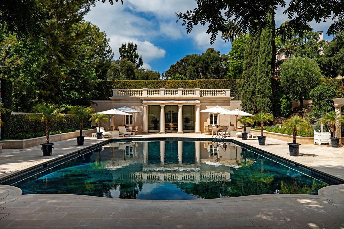 'Beverly Hillbillies' mansion sets California record