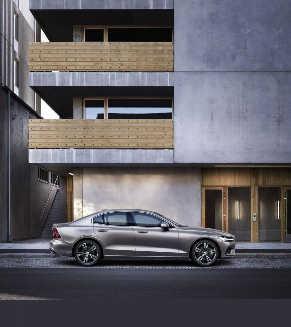 Volvo shows its Momentum for 2021