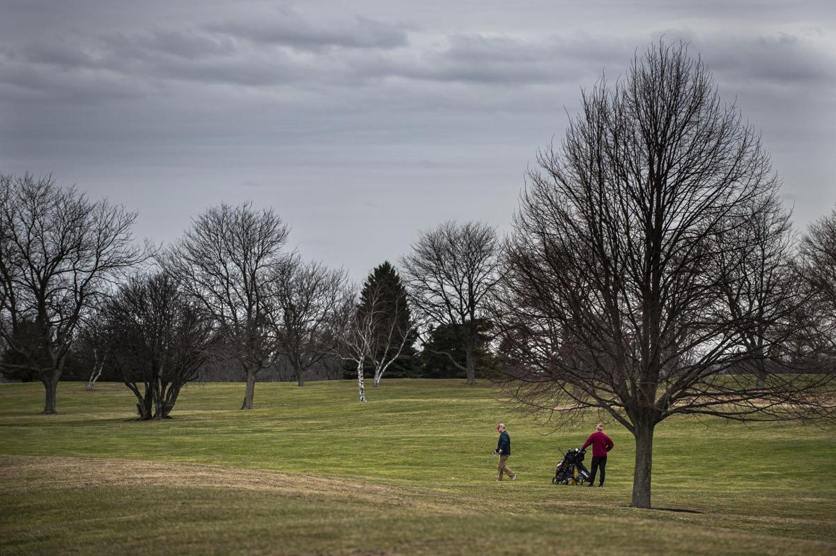 Golf gets green light, with limits