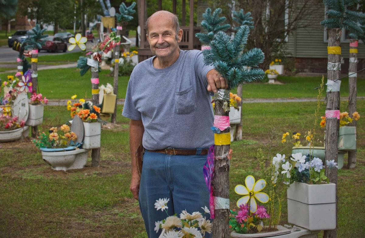 Toilet gardens owner Robar to continue lawsuit