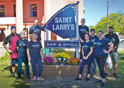 New bar & grill aims for relaxed tone