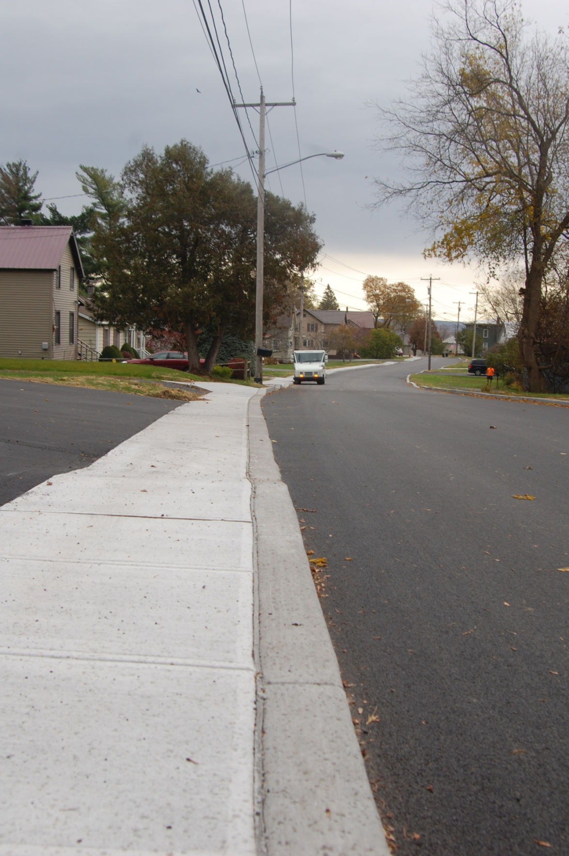 Sidewalk safety a priority for Five Streets