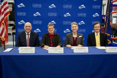Colleges sign agreement