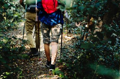 5 tips to help you keep your cool while hiking on a hot summer day