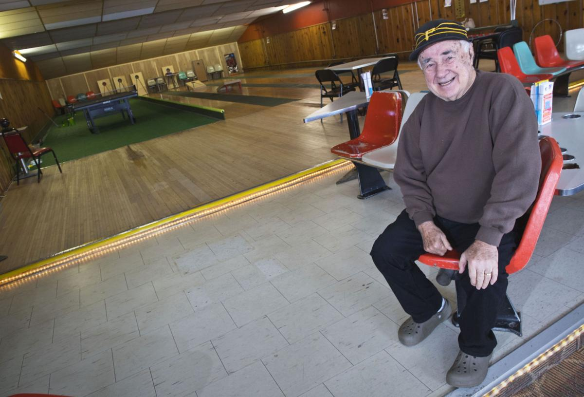 Pappy's Bowlmor set to close on Friday
