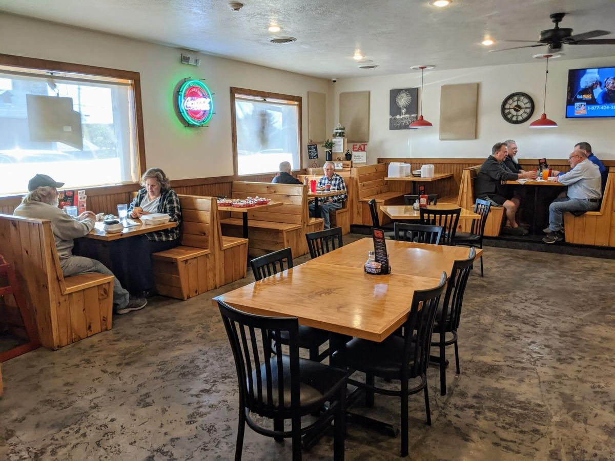 Eating in Upstate New York: Spookhill Bar and Grill