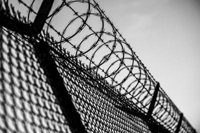Prison double bunking may end