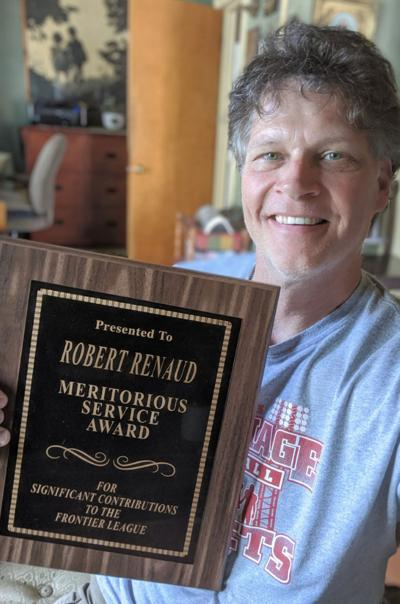 Retiring coach Renaud honored by Frontier League