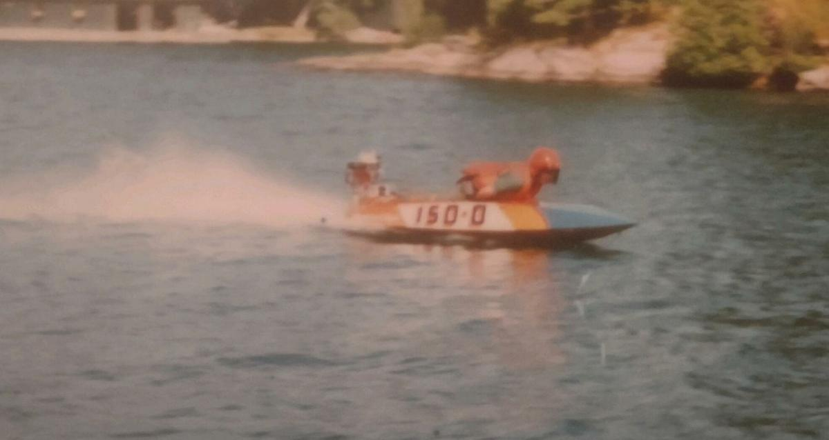 Vintage race boat show at Chippewa Bay Maritime Museum