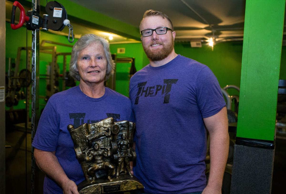 Oswego native powerlifts her way into the record books