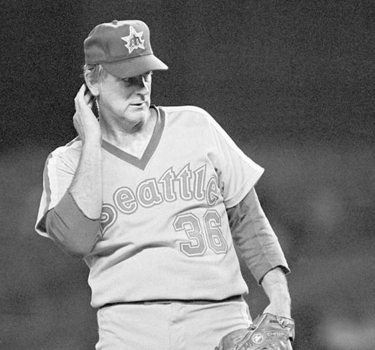 Reflections of a River Rat: Baseball reigns in cheating Martyrs