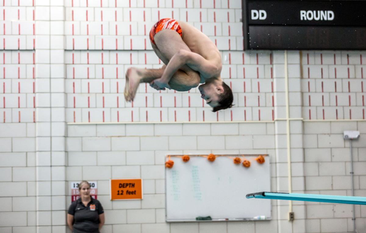 Long among 49 divers headed to states