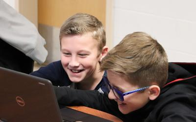 Hannibal students build apps in coding class