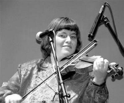 Fiddler Jackie Hobbs to perform in Osceola