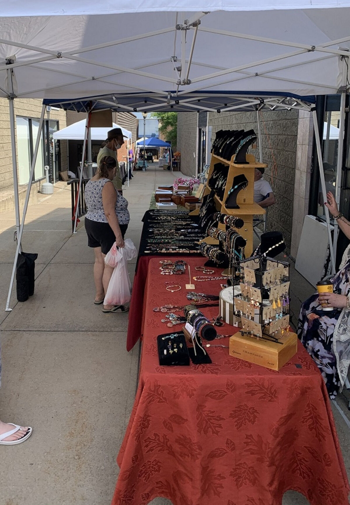Traditional arts market makes a return