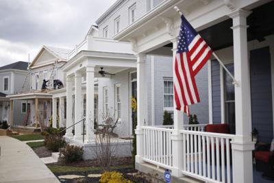 Mortgage lenders tighten screws on credit