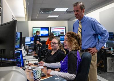 State offers $10 million for 911 dispatch services