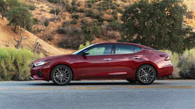 Updates to the Max Sedan sees styling changes, more technology in 2019
