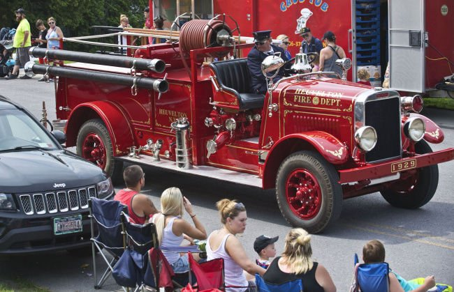 Marching bands, antique trucks highlight parades