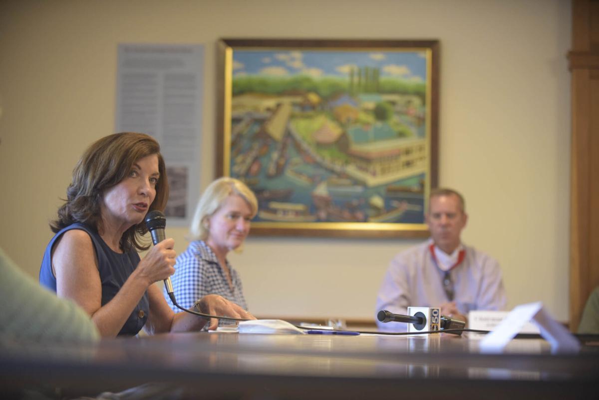 Hochul hosts roundtable on tourism struggle