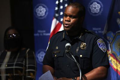 Police chief steps down