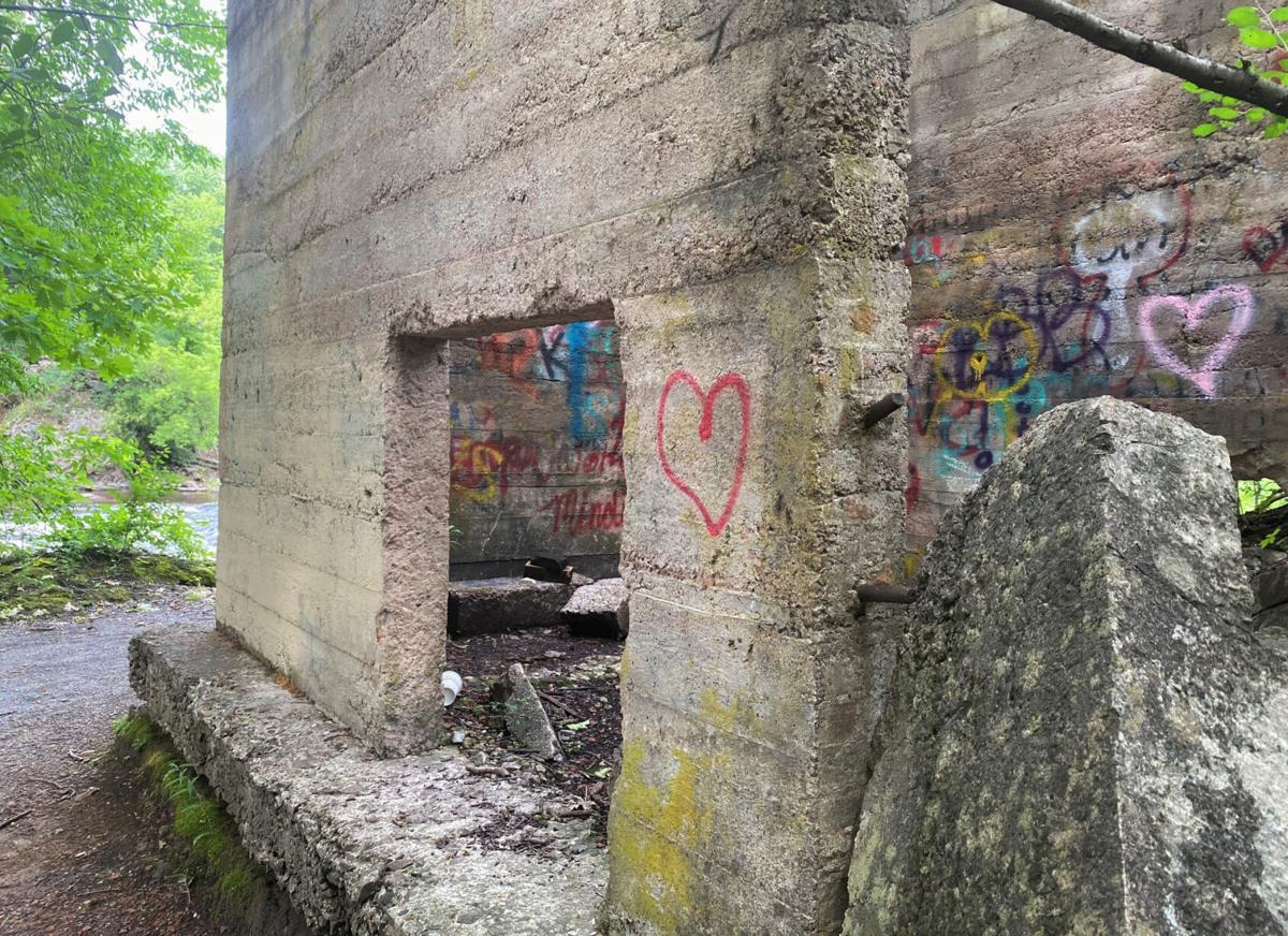 Erasing hateful graffiti