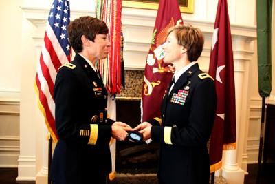 First sisters to become Army generals