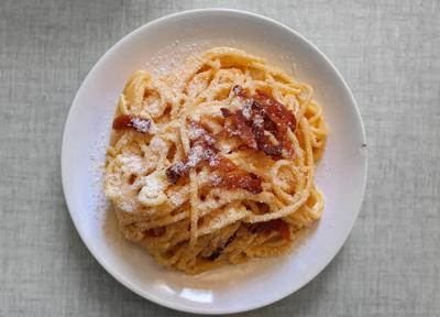 Chef shares easy recipe for spaghetti carbonara