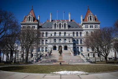 Commission begins work on state's redistricting